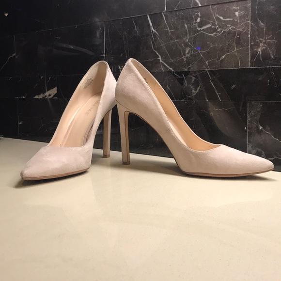 64f1eed8a074 M 5a86eacc1dffda5865b06884. Other Shoes you may like. Nine West nude heels